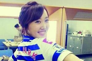 朴智星/2013年的夏天,韩国足球界的两位当红偶像具滋哲和奇诚庸都将...