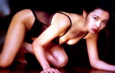 47岁艳星李丽珍复出 曾陷