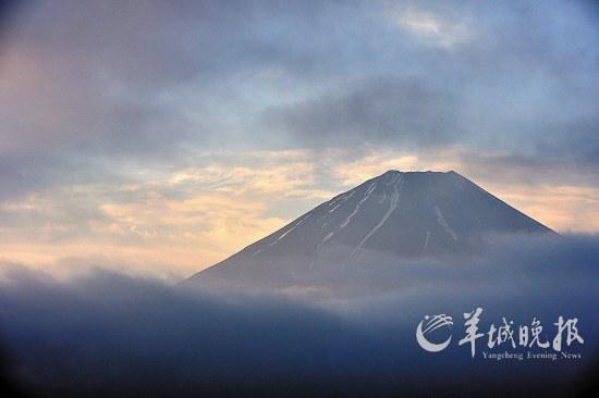 富士山景色优美,但这次却入选世界文化遗产名录