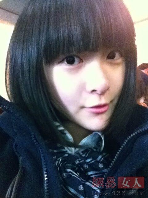 郑爽周冬雨 90后女星学生素颜照谁最养眼(组图)