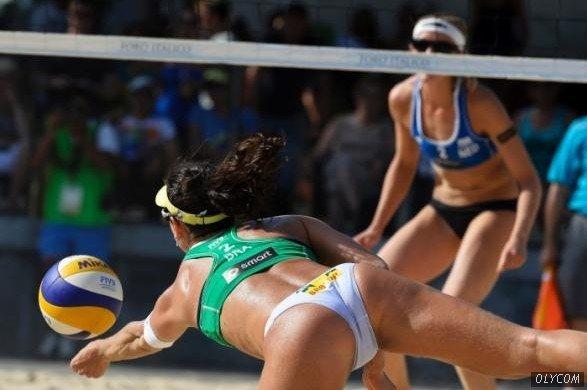 在罗马举行的2013年沙滩排球赛可谓火爆异常