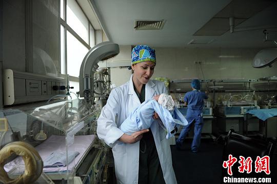 外国顺产视频_外国人分娩视频_日本孕妇分娩过程图_孕妇分娩视频无遮掩_大 ...