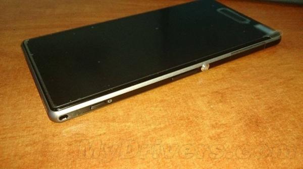 金属边框!索尼重磅旗舰One Sony真机曝光
