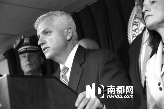 """检察官丹尼尔・康利27日在新闻发布会上说:""""塔梅尔兰・察尔纳耶夫将留给另一个世界审判,但他的弟弟焦哈尔・察尔纳耶夫有义务在马萨诸塞州受审。"""""""