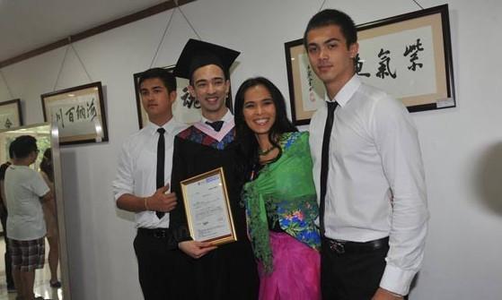 韦紫明在今年的高考中,以优异成绩考入中国著名的北京大学中文系.