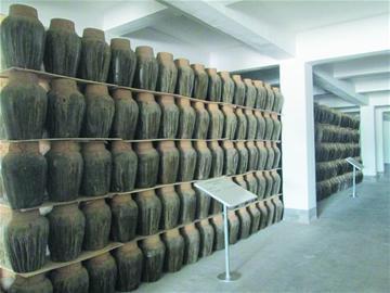 即墨黄酒厂2亿资产937万元起拍 挂牌拍卖同时妙府老酒新厂奠基 即墨老酒这个金字招牌的去向引来更多关注