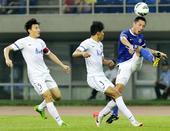 中超图:天津泰达1-0上海申鑫 王赟比赛中传球