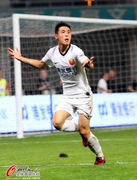 中超图:东亚2-1舜天 武磊兴奋狂喜破门