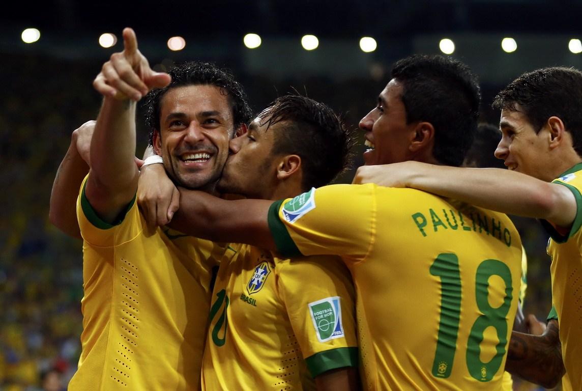 巴西队内马尔壁纸高清图片