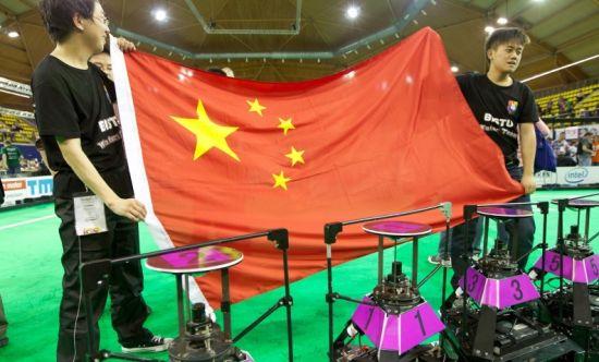 中国足球终圆世界杯夺冠梦 可惜不是人(组图)