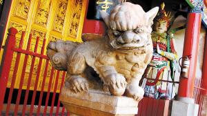 石狮/神情灵动,被誉为省内一绝的圆明寺石狮。