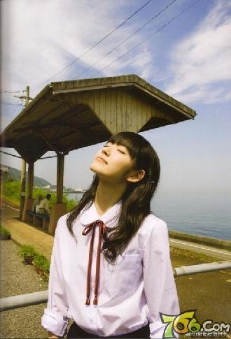 日本女生爱校服 盘点高中校园的 制服美少女
