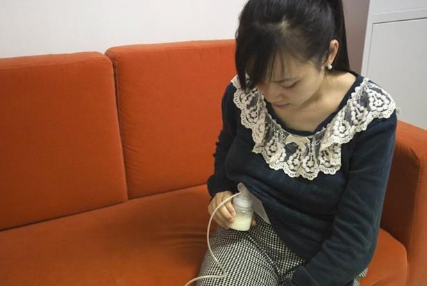 富人喝人奶_富豪乐衷喝人奶 甄选奶妈严格全过程曝光(组图)-搜狐青岛
