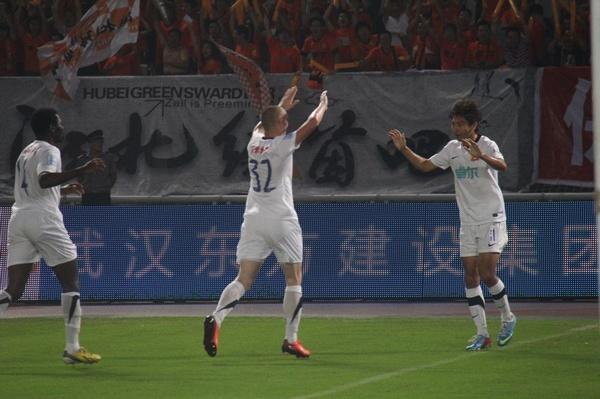 中超图:卓尔VS舜天 庆祝进球