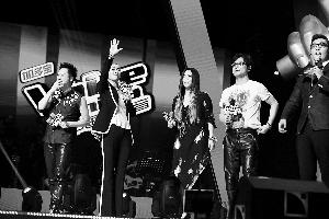 《中国好声音》第二季导师与观众见面,左起庾澄庆、那英、张惠妹和汪峰。