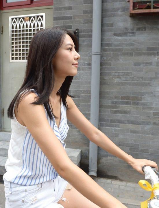骑妹视频性爱_高圆圆携王小帅骑单车 重游北京寻激情(组图)