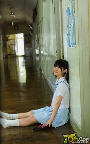 日本女空间_日本女生爱校服 盘点高中校园的\