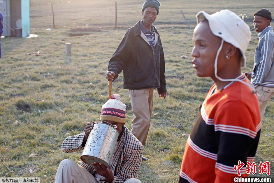 南非割礼仪式致30人死亡高清组图 搜狐滚动