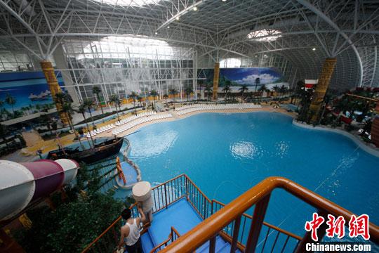 玛雅水上乐园_中国最大室内恒温水上乐园在天津建成(组图)-搜狐滚动