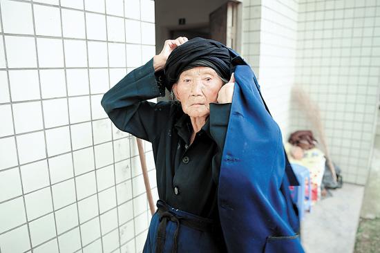 四川成都双流太平镇前进村9组的付素清老人即将年满116岁,极有可能将成为全球最高龄的人。