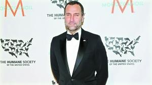美国家庭电影院(HBO)副总裁吉姆・科斯托斯为奥巴马竞选连任筹集了数以百万计美元的资金,获得了任驻西班牙大使的回报。