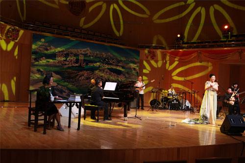 张朵儿北京音乐会现场伴奏--中国金佛爵士乐团