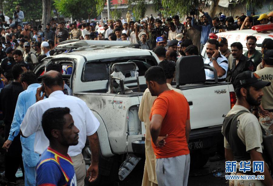 巴基斯坦总统首席安全长官遇袭身亡(组图)