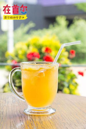 <混合了鲜榨橙汁的橙子果汽 &#50724;&#47116;&#51648; &#50640;&#51060;&#46300;>