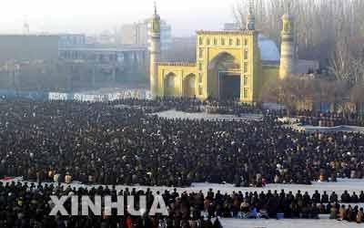 土耳其记者新疆行手记 中国最大清真寺 艾提尕尔清真寺