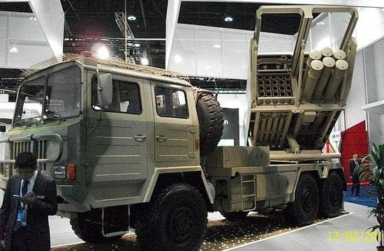 中国远程火箭炮ar3_俄称中国拟售秘鲁远程火箭炮邀秘军现场观摩