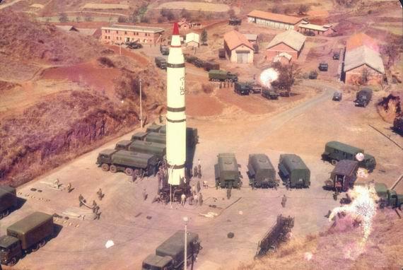 资料图:中国东风-3中程弹道导弹。