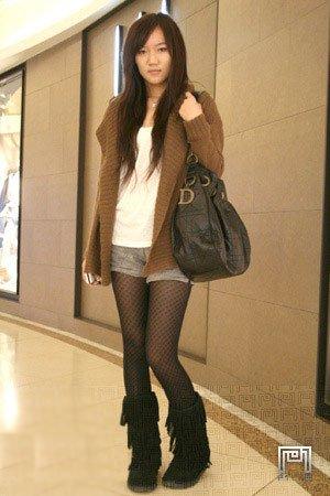 色色丝袜网_街拍各种形形色色的丝袜美女大学生(图)