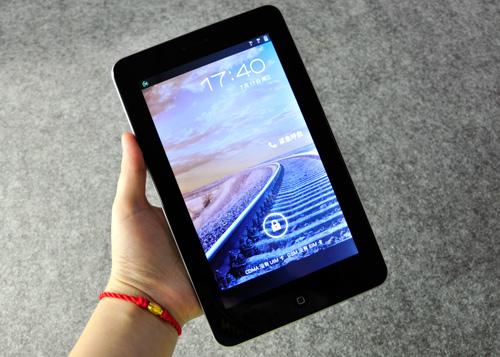 葳朗ex405_7英寸四核平板手机 百灵葳朗vin9评测