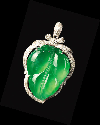 翡翠拍卖交易价格满绿翡翠拍卖价格多少; 玻璃种满绿; 翡翠,最抗跌的