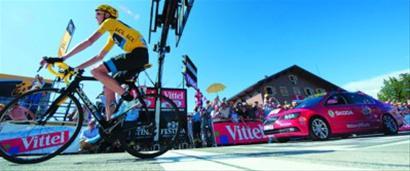兴奋剂事件给环法自行车赛蒙上一层阴影 /CFP
