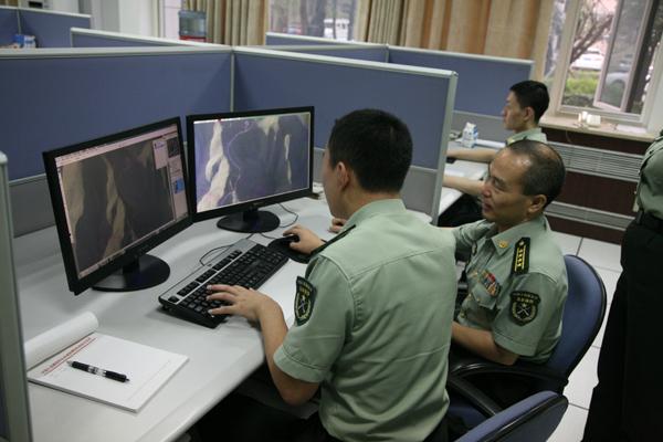 地图 张莉/赶制地震灾区最新影像图。张莉