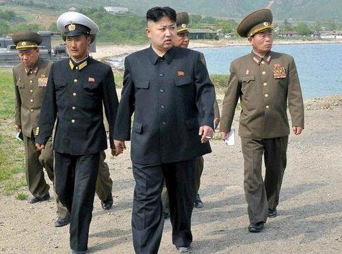 资料图:金正恩视察朝鲜人民军