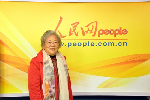 原文配图:彭德怀元帅侄女、全国政协委员彭钢少将。