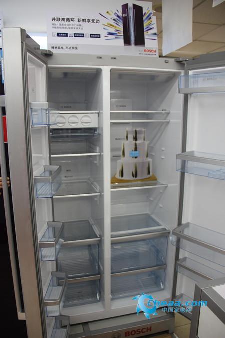 博世冰箱KAN62S22TI内部概览