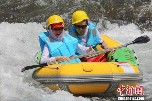 千岛湖漂流节:清水潺潺凝聚美好时光