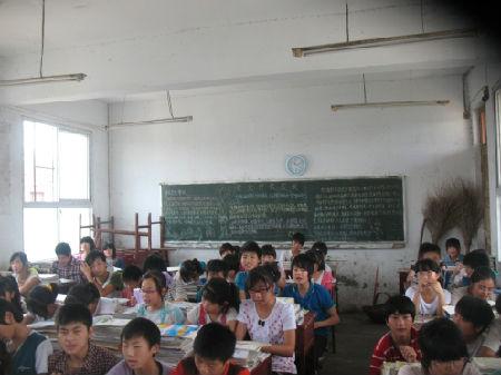 """杨屯 河南/美的风扇""""善接力""""爱心捐赠队伍此次的主要行程目标集中在河南..."""