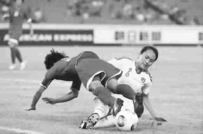 中国女足昨战朝鲜队输得并不服气