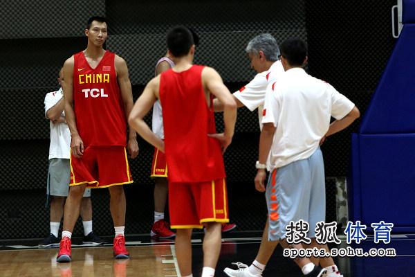 杨帅/杨帅_舞林争霸杨帅整容前_舞林争霸杨帅生活...