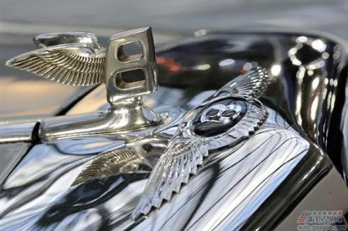 盖世汽车讯 据英国《卫报》消息,大众汽车集团日前获得一场官司的胜诉,法院同意大众请求,禁止三名电脑专家发表论文,以免大众旗下豪华车的启动密码遭到泄露。
