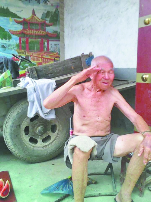89岁的李文峰