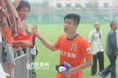 幻灯:鲁能预备队7-0富力 蒿俊闵亮相3外援观战
