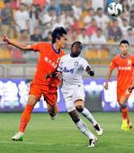 中超图:泰达2-1战胜鲁能 杜威防守