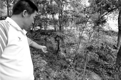 被困村民苏运学讲述张旭救他时的落水点