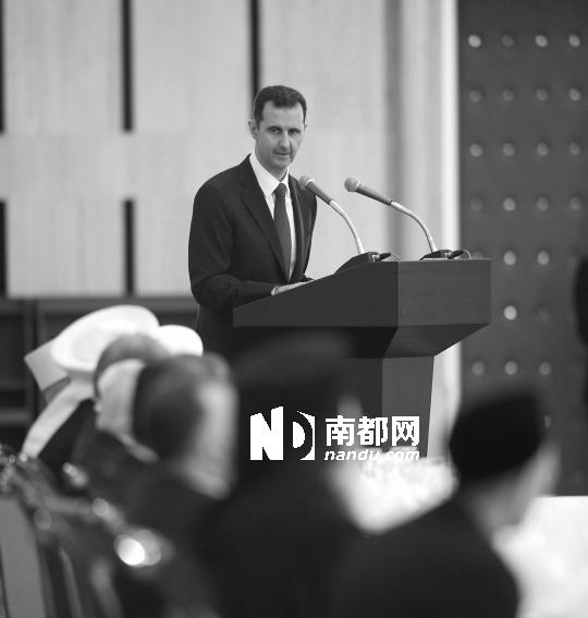 4日晚,叙利亚总统巴沙尔发表讲话。