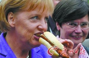 默克尔被爆料喜欢波罗的海的鱼、时蔬和饭后甜点。(资料图片)